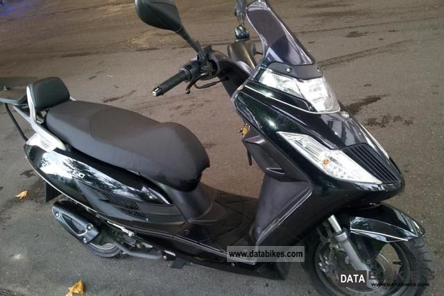 Kymco  Dink 50 4 stroke 2008 Scooter photo