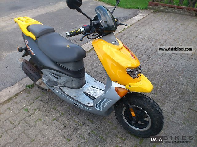 2004 Hyosung  SF50 Motorcycle Motor-assisted Bicycle/Small Moped photo