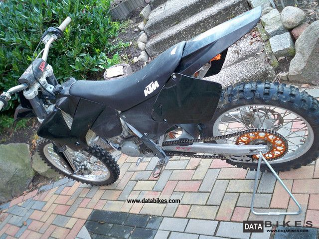 2002 KTM  125 SX Motorcycle Dirt Bike photo