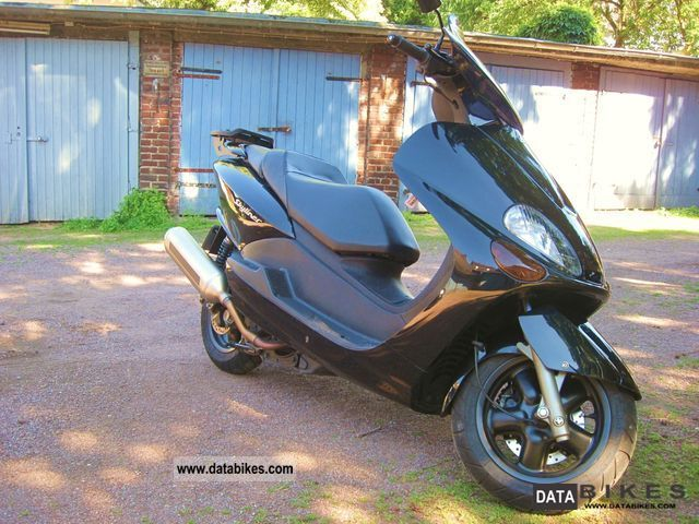 2002 MBK  Skyliner 125 Black Motorcycle Scooter photo
