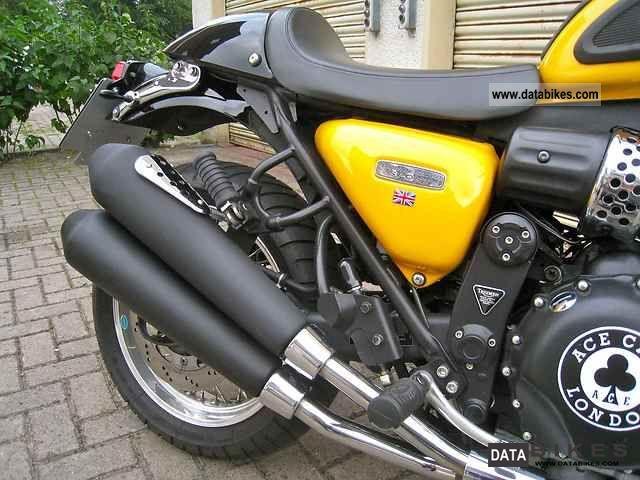 2000 Triumph  thunderbird sport Motorcycle Naked Bike photo