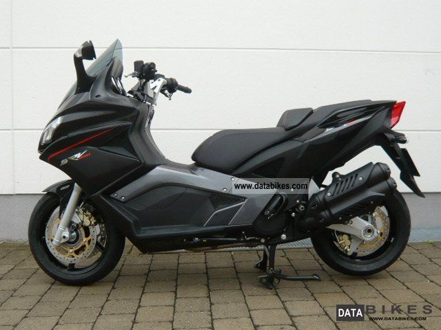 2012 aprilia srv 850 cash price on request. Black Bedroom Furniture Sets. Home Design Ideas