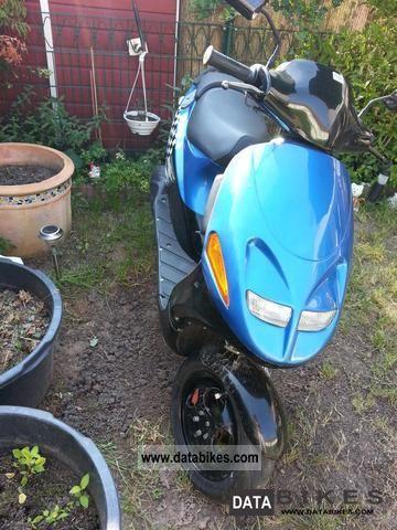 2000 Italjet  formula Motorcycle Scooter photo