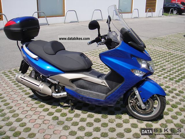 2006 Kymco  Xciting 250i Motorcycle Scooter photo