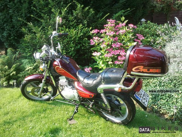 2001 Hyosung  GA 125 Motorcycle Chopper/Cruiser photo