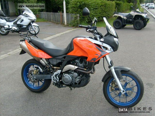 2005 Aprilia  Pegaso 650 i.e. Strada Motorcycle Super Moto photo