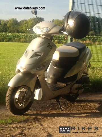 2009 Zhongyu  50yqt Motorcycle Motor-assisted Bicycle/Small Moped photo