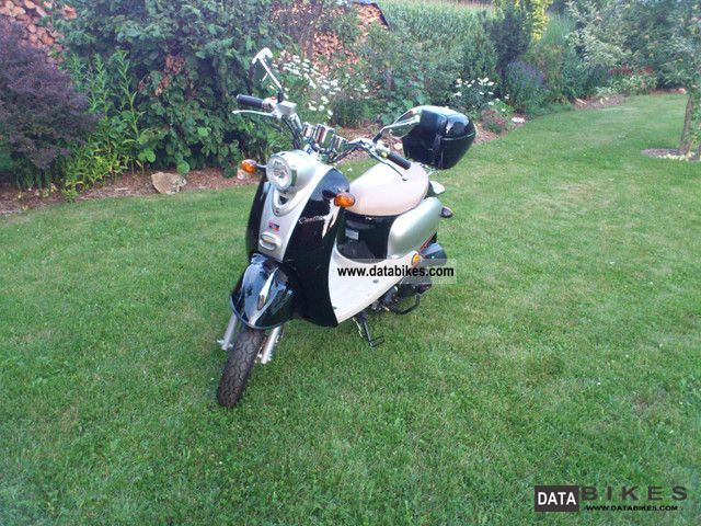 2005 Baotian  BT50QT-11 Motorcycle Scooter photo