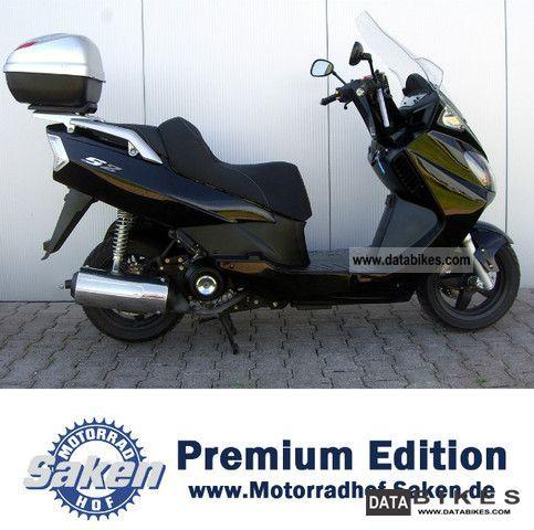 2010 Daelim  125 Freewing Fi Motorcycle Scooter photo