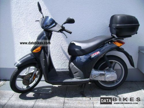 Malaguti  Ciak (moped) 2003 Scooter photo