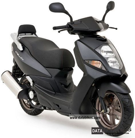 Daelim  Otello 125i new condition, warranty until April 2014 2012 Scooter photo
