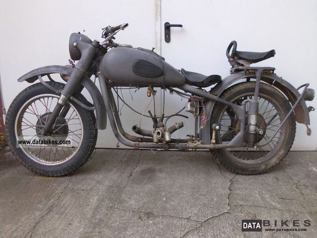 Ural  M72 1953 Vintage, Classic and Old Bikes photo