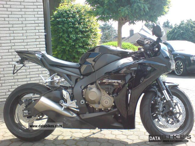 2009 Honda  Fireblade Motorcycle Sports/Super Sports Bike photo