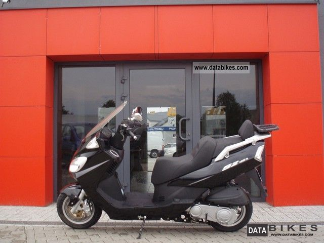2008 Daelim  S2 125 Fi Motorcycle Scooter photo
