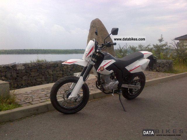 2012 Motobi  Misano 125 Motorcycle Lightweight Motorcycle/Motorbike photo