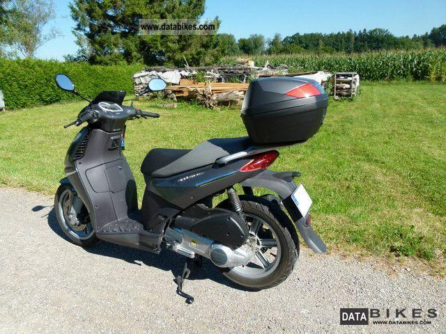 2007 Aprilia  Spirtcity 125 Motorcycle Scooter photo