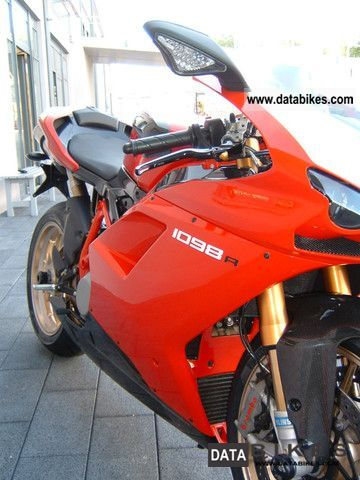 2012 Ducati  1098R WITHOUT APPROVAL Motorcycle Sports/Super Sports Bike photo