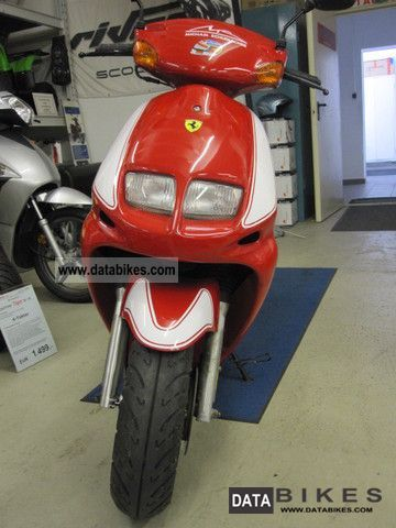 1996 SYM  Red Devil / Jet (G5J) 50 Michael Schumacher Motorcycle Scooter photo