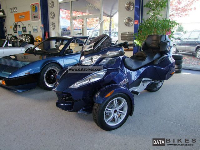 2011 Bombardier  Can Am Spyder RT SE5 Automatic Techno! Motorcycle Trike photo