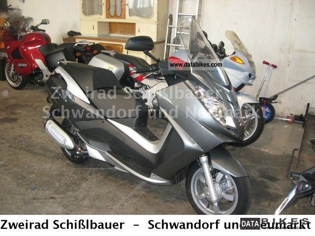 Peugeot  Satelis 250 2012 Scooter photo