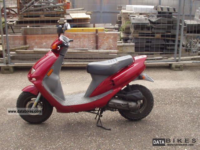 2001 SYM  50 cc scooter Motorcycle Scooter photo