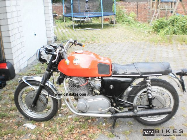 Laverda  750 S! NEW PRICE! 1971 Vintage, Classic and Old Bikes photo