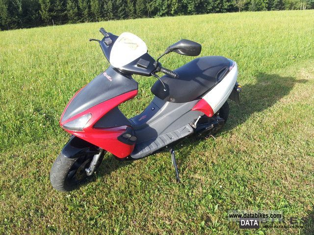 2001 Benelli  491 Motorcycle Scooter photo