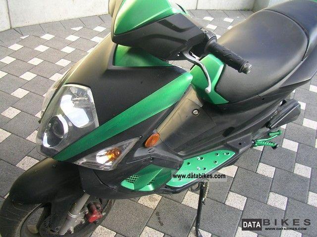 TGB  R50X 2008 Scooter photo