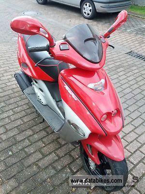 2001 Malaguti  F15. 4980 km 2.Hand, original. Motorcycle Scooter photo