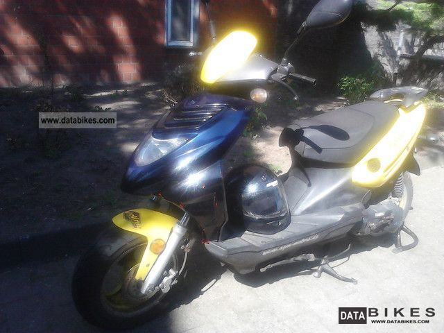 2010 Adly  ASGM Motorcycle Scooter photo