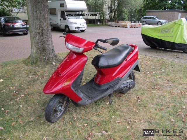 2000 SYM  SM 50 Motorcycle Scooter photo