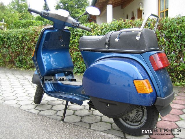 Vespa  Cosa L 125 2003 Scooter photo