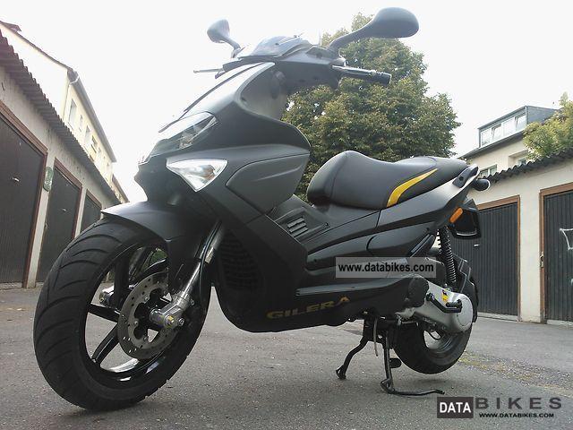 2012 Gilera  Runner 50 Black Soul Motorcycle Scooter photo