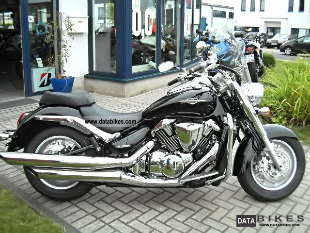 2012 Suzuki  VLR1800 C 1800 Motorcycle Chopper/Cruiser photo