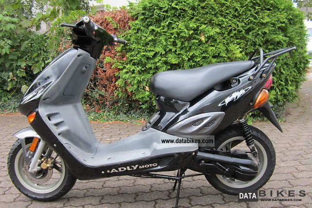 2002 Adly  TB-50 Motorcycle Scooter photo