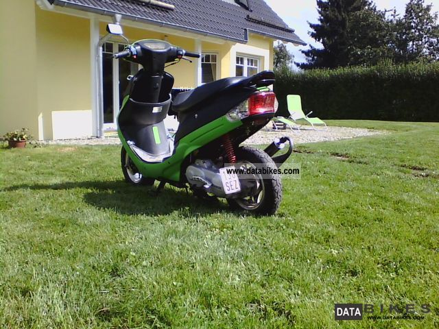 2006 Baotian  BT50QT-9 Motorcycle Scooter photo
