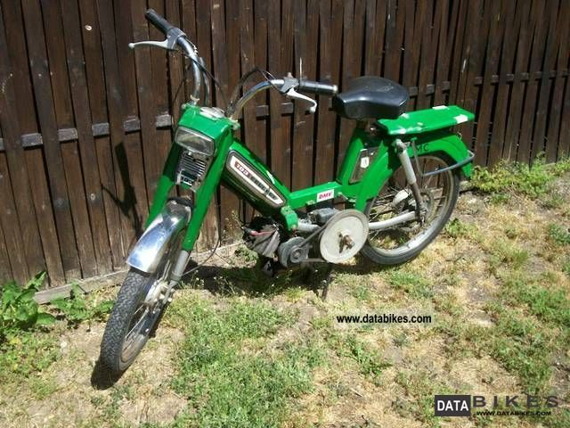 1985 Peugeot  103, 105, Vogue, 3 mopeds Motorcycle Motor-assisted Bicycle/Small Moped photo
