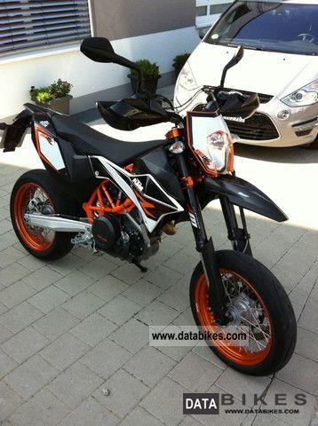 2012 KTM  SMC 690 R Motorcycle Super Moto photo