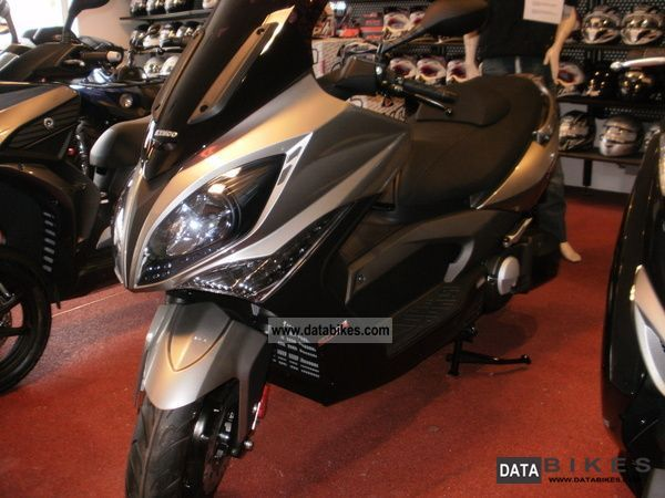 2012 Kymco  RI XCITING 500 EVO Motorcycle Scooter photo