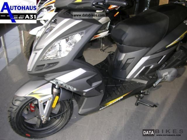 2012 Hercules  Mirage 125cc Virtuale 125 Motorcycle Scooter photo