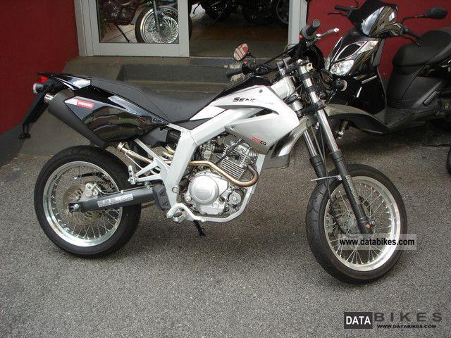 2008 Derbi  Senda 125 SM Motorcycle Lightweight Motorcycle/Motorbike photo
