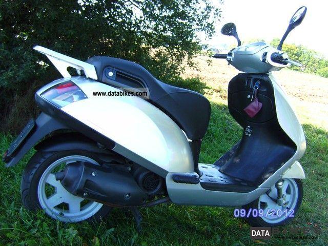 2003 Italjet  Jet Set 125 Motorcycle Scooter photo