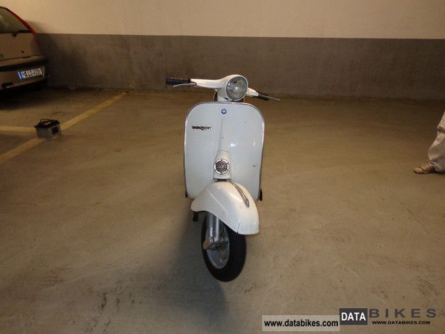 Vespa  50 Round light small frame built 1967 1967 Vintage, Classic and Old Bikes photo