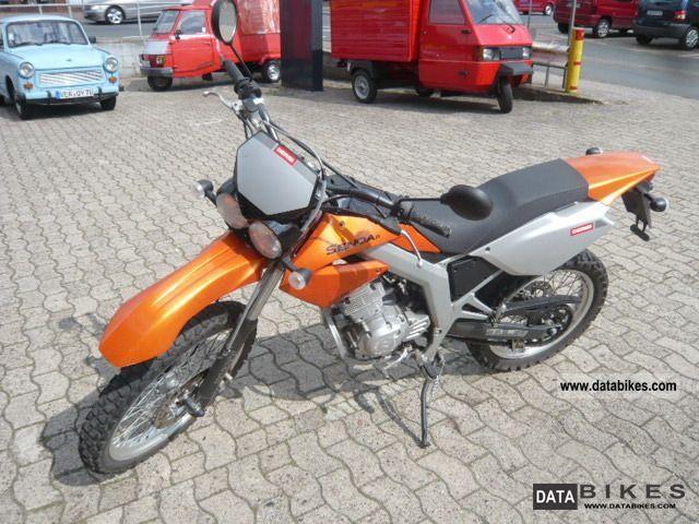 2008 Derbi  Senda 125 cc Motorcycle Lightweight Motorcycle/Motorbike photo