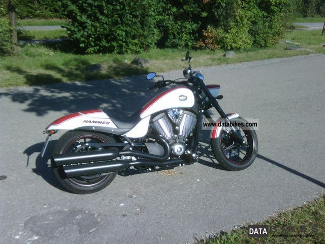 2012 VICTORY  Hammer Motorcycle Chopper/Cruiser photo