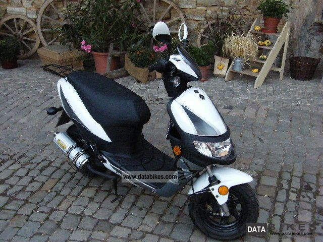 2011 Keeway  easy 49 Motorcycle Scooter photo