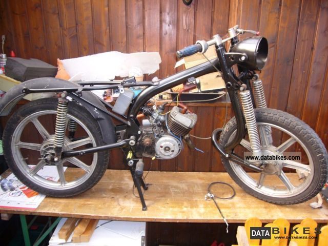 1966 Hercules  K 50 + to restore hundreds of spare parts Motorcycle Lightweight Motorcycle/Motorbike photo
