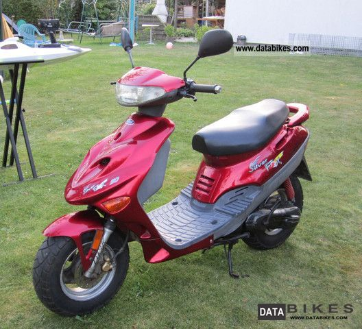 2002 Adly  Silverfox 50 Motorcycle Scooter photo