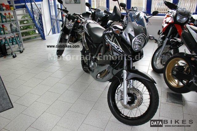 2010 Honda  Transalp XL700 Motorcycle Motorcycle photo