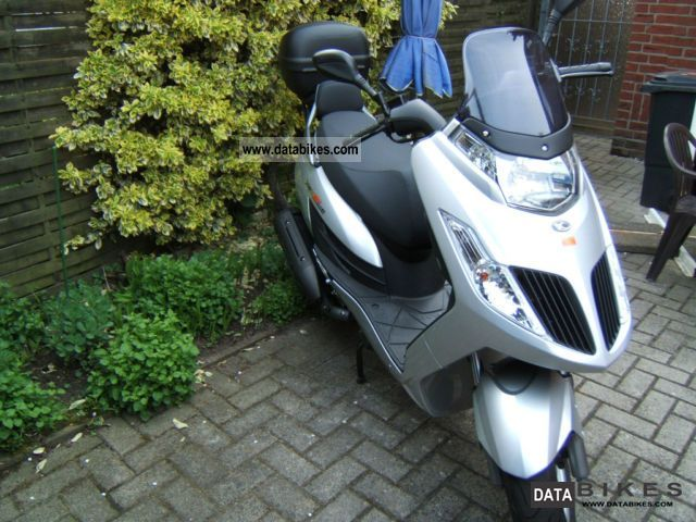 2011 Kymco  Jager GT 200i Motorcycle Scooter photo